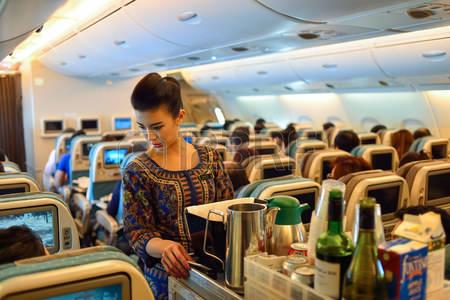 מה חושבות הדיילות על הנוסעים