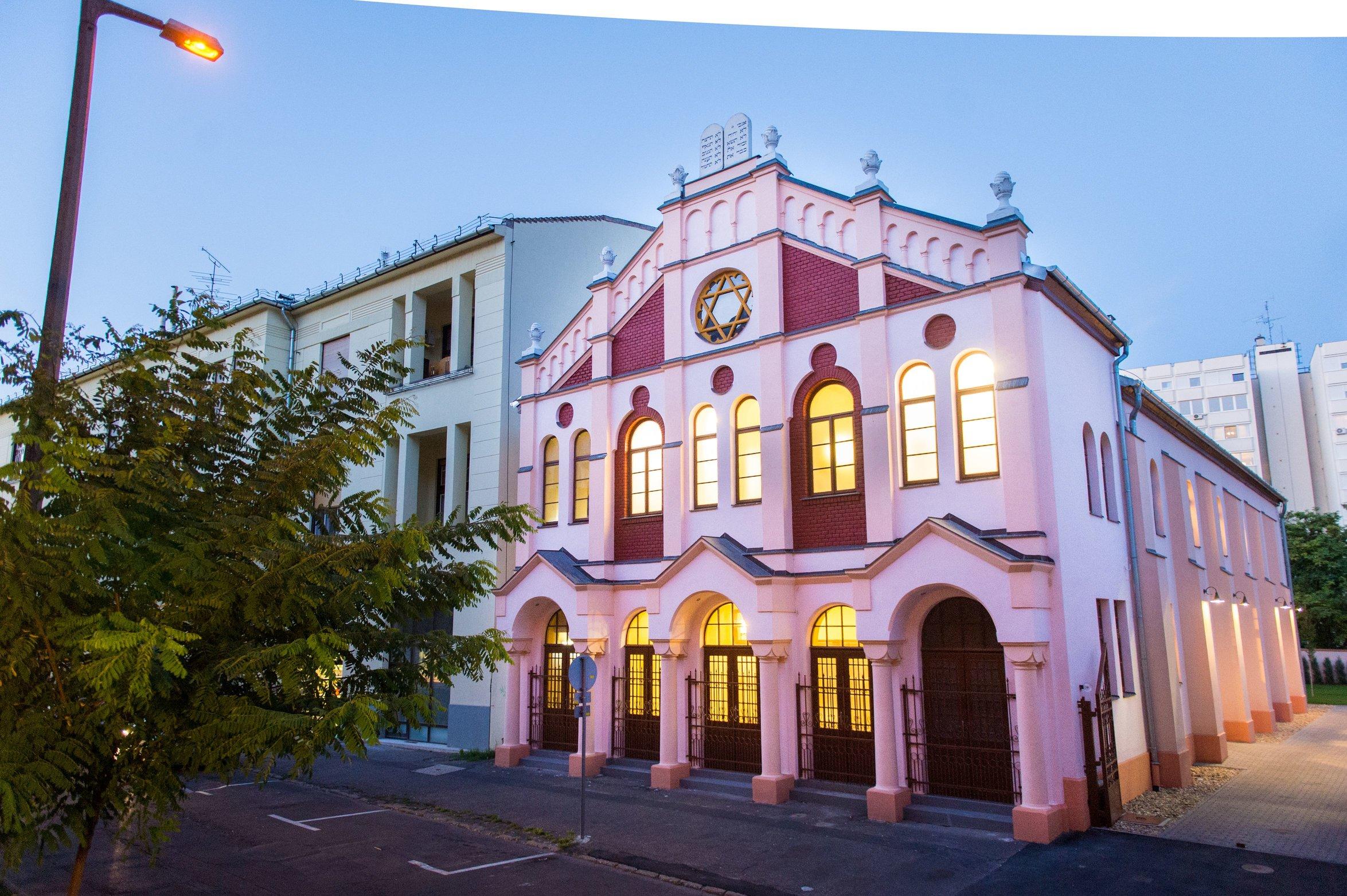 The-Rebe's-in Debrecen