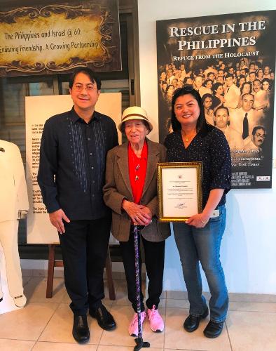 """צל""""ש למטפלת פיליפינית שהצילה חיים"""