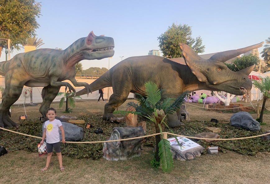 """פארק דינוזאורים נפתח בת""""א"""